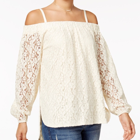 c77479c4380 NWT Off The Shoulder High-Low Top